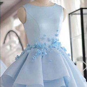 Dresses - Brand new, never worn! Size 6 Formal Dress